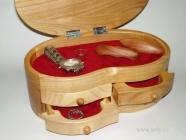 Dřevěná šperkovnice velká české výroby
