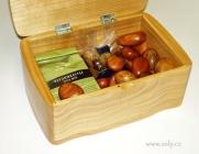 Dřevěná šperkovnice s panty- české výroby