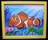 Mořská rybka. Krásný obrázek v rámu do dětského pokoje.