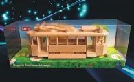 Historická dřevěná tramvaj - pohyblivá