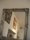 Zrcadla do bytu na zeď, šedý stříbrný rám dřevo