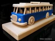 Modrý autobus RTO na podstavci, hračka