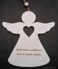 Dřevěný bílý anděl s citátem | andílek závěsná dekorace