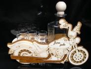 Dárek motorka, motorkář, láhev na alkohol 6x sklenička