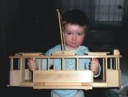 OBROVSKÁ dřevěná tramvaj