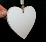 Bílé dřevěné srdce, srdíčko z lásky, závěsná dekorace