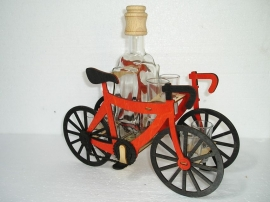 Dárek pro cyklistu   láhev a 6x sklenička