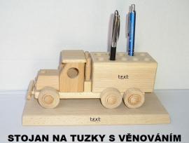 Stojánky na pera - dřevěné hračky