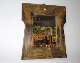 Chalupářské zrcadla v retro rámu