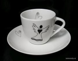 Šálek na kávu s andělem