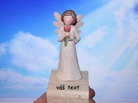 Anděl pro mámu, soška ochránce maminky