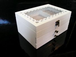 Bílá 3 patrová šperkovnice se šuplíky ornament