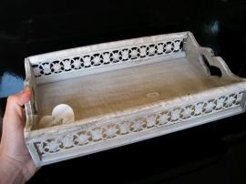 Bílý dřevěný servírovací podnos, tácek