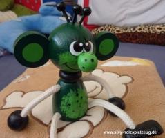 Skřítek elf hračka na pružině