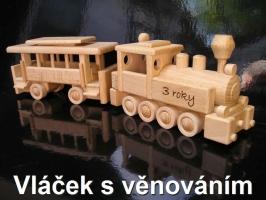 Mašinka, dřevěný vlak s osobní vagónem
