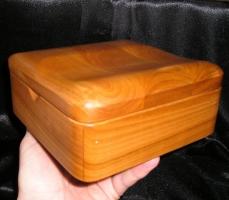Krabičky na šperky v klasickém provedení ze dřeva  česká výroba