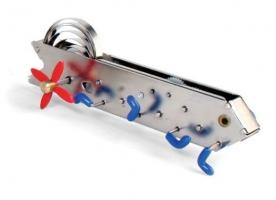 Housenka Bonga. Mechanické hračky na klíček.