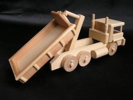 Dřevěné nákladní auto s výklopným kontejnerem - dřevěné hračky