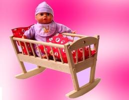 Kolébka pro panenku české výroby, hračky pro holčičky