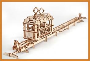 Tramvaj mechanická stavebnice, dřevěné hračky