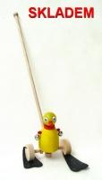 České hračky na tyči kačenka pro děti začínající chodit