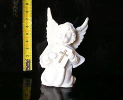 Malý andílek bible, kříž, sošky dekorace