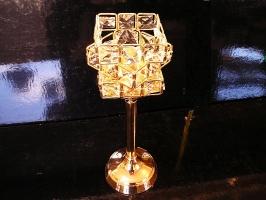 Zlatý svícen, bytové dekorace