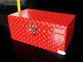Červná dekorační krabička, box, škatulka, truhlička