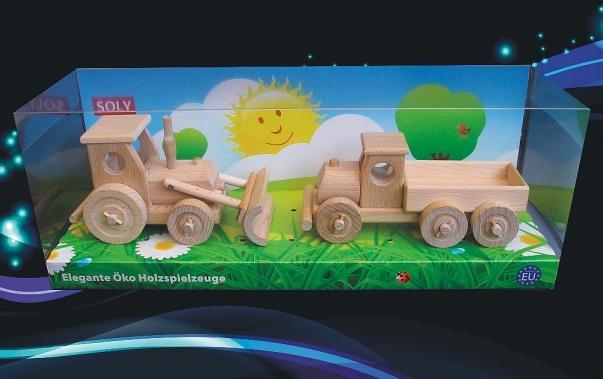 Dřevěné hračky, traktor s radlicí a nákladní auto