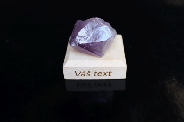 Ametyst minerál kámen pro štěstí dárek