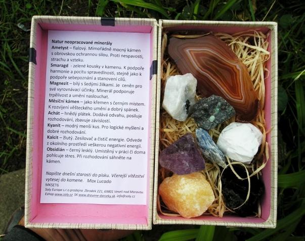 Sada kamenů v dárkové krabičce 6.