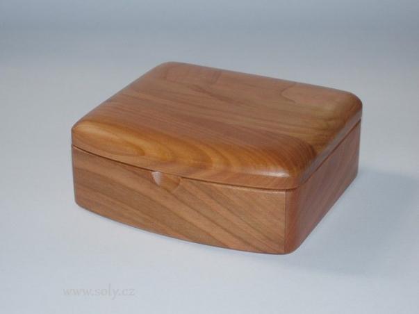Dřevěné šperkovnice klasické provedení české výroby