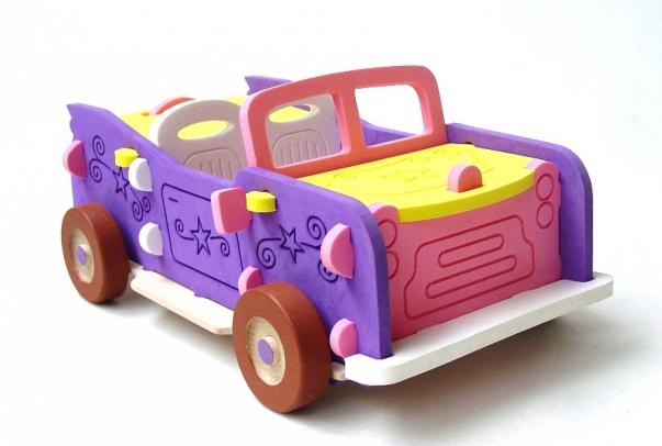 Velké vozidlo kabriolet jako 3D auto puzzle stavebnice