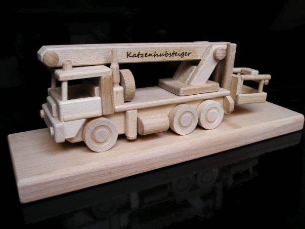 Montážní auto plošina, vysokozdvižná, dárek, hračka