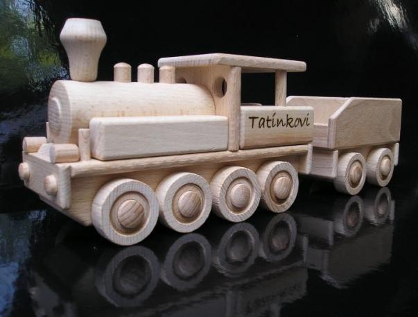 Velká lokomotiva s uhlákem a textovým věnováním