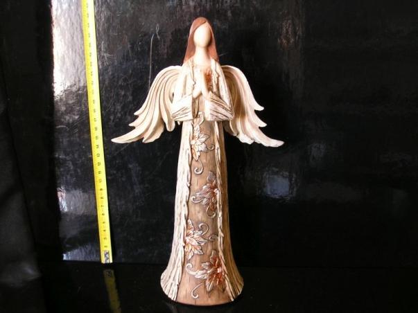 Hnědý anděl, soška vánoční dekorace