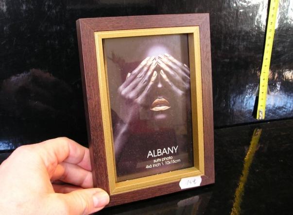 Dřevěný fotorám pro foto 10x15 cm hnědá zlatá