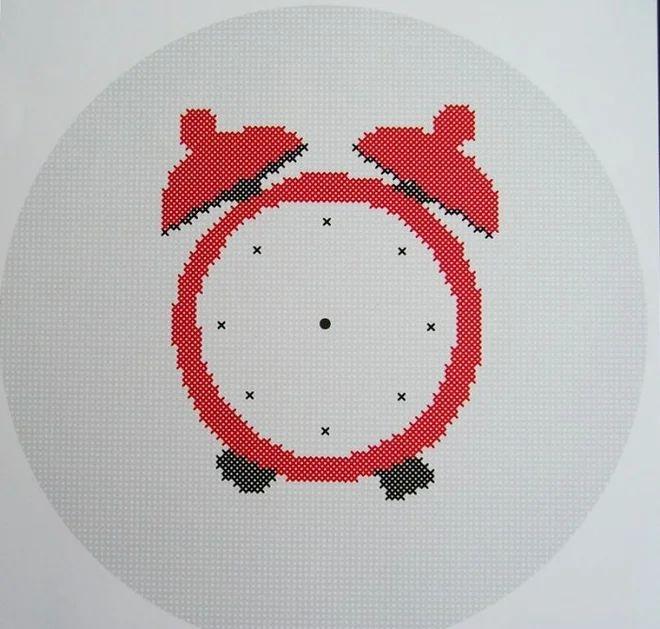 DIY vyšívané nástěnné funkční hodiny | dětské vyšívání