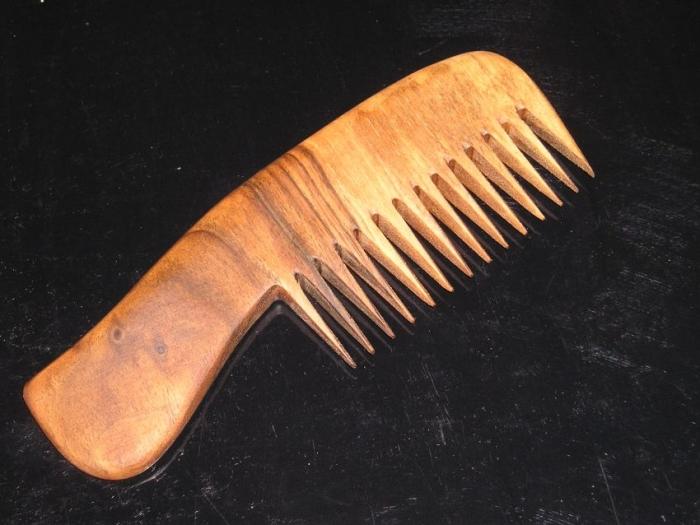 Dřevěné hřebeny pro ženy na česání dlouhých vlasů