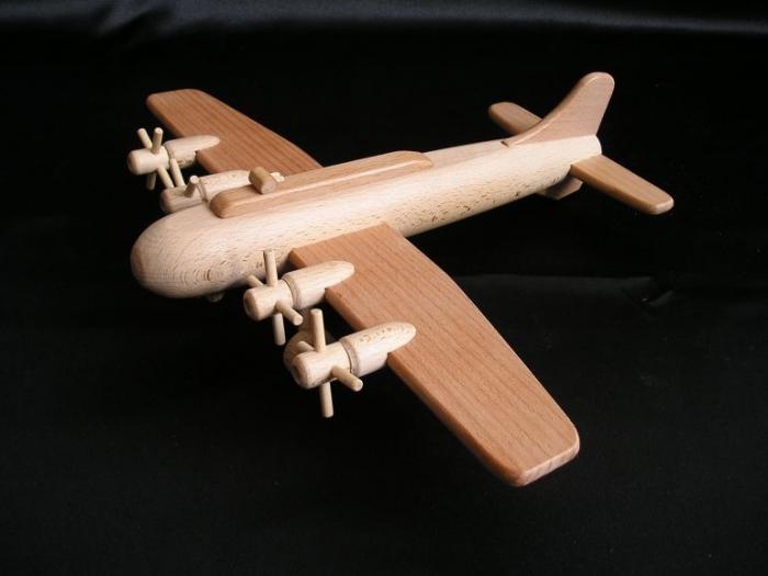 model-letadla-b17