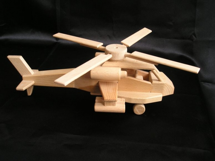 bitevni-helikoptera-apache