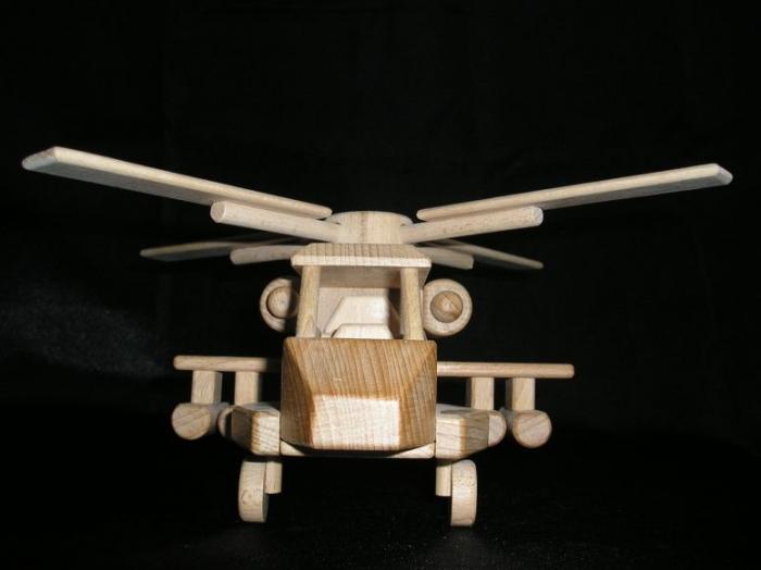 vrtulnik-hracka