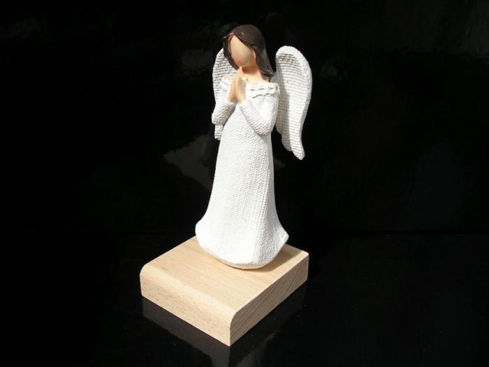 Dárek pro babičku, andělé ochránci
