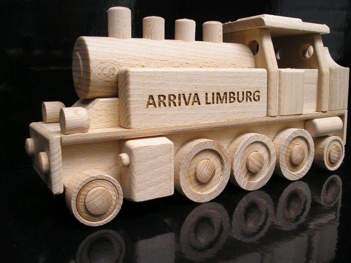 Dřevěný vláček DR, singl lokomotiva