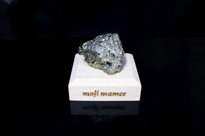 Pyrit minerál kámen pro štěstí dárky