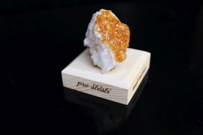 Citrín drůza minerál kámen