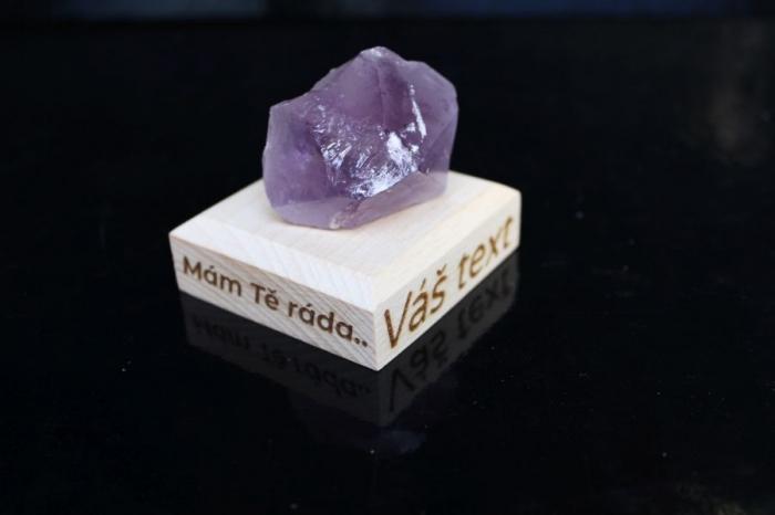Ametyst minerál kámen  dárek