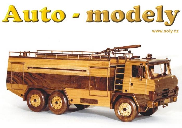 model-ze-dreva-pozarni-vozidla-tatra-815