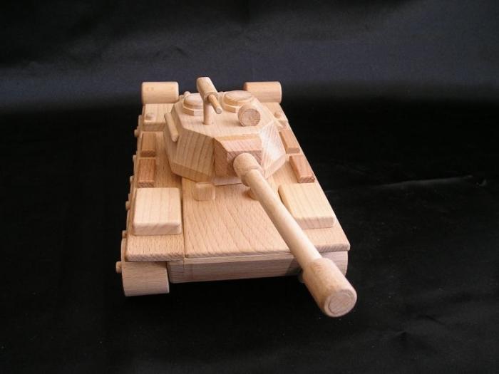 ruske-zbrane-model-tanku-pro-deti