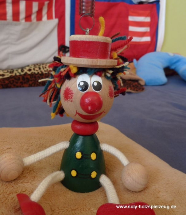 sasek-klaun-hracka-na-pruzine